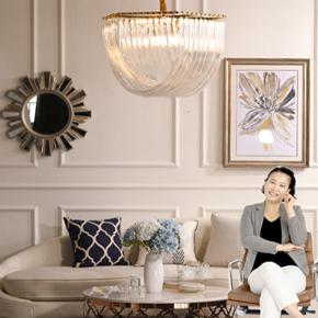 Lắp đặt bộ đèn chùm hiện đại cho nhà chị Mai