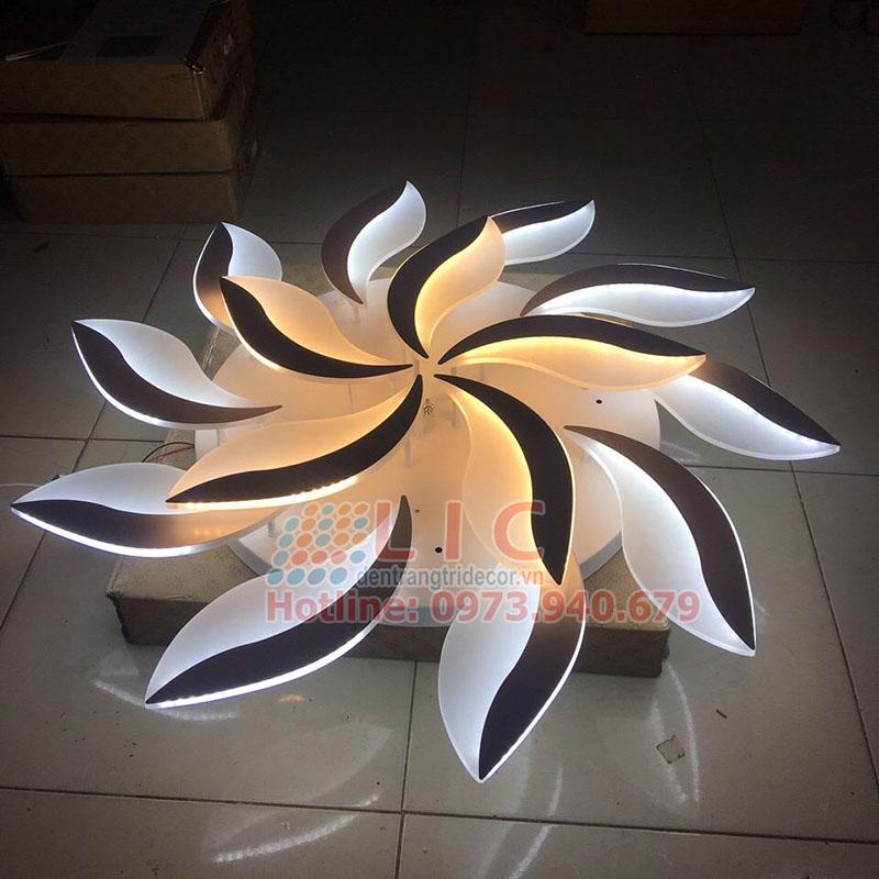 Đèn Mâm Ốp Trần Mica Led TT7