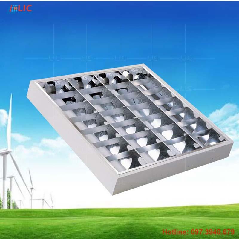 Máng Led Tán Quang Công Nghiệp 600×600 Lắp Nổi Lic